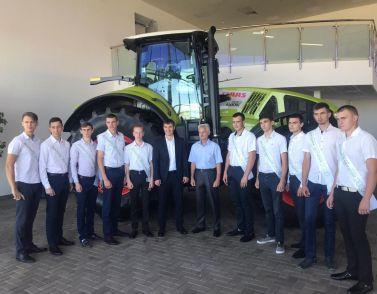 CLAAS' erster Fachkräfte-Jahrgang in Krasnodar