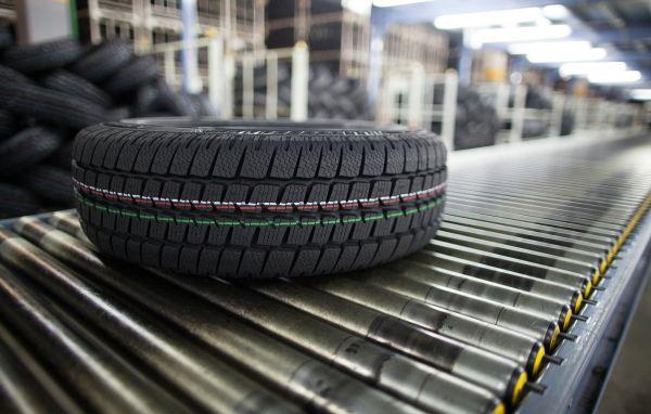 Das Portfolio des Geschäftsfeldes Reifen umfasst Reifen für schwere Technik sowie digitale Managementsysteme für Reifen.